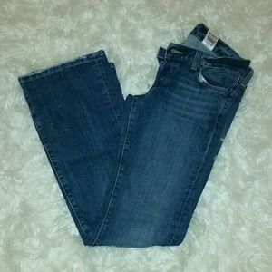 Lucky jeans size 4